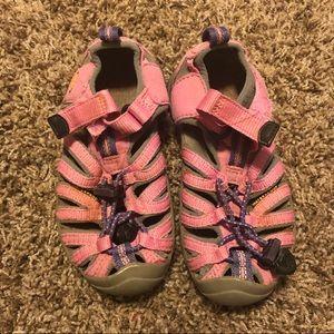 Girls Pink Keen Sandals sz 10